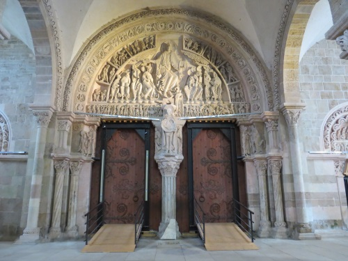 Image result for inside Vézelay, Church and Hill: