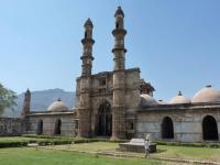 Champaner-Pavagadh by Solivagant