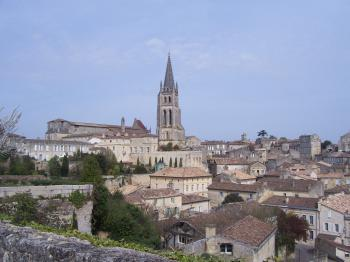 Saint-Emilion by Ian Cade