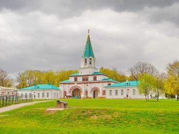 Church of the Ascension, Kolomenskoye by Frederik Dawson