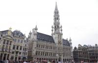 Grand Place, Brussels by Thibault Magnien