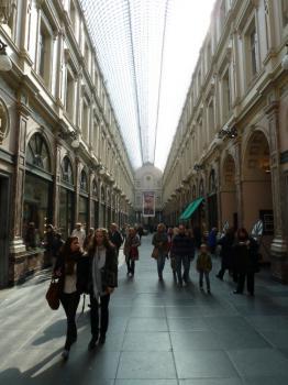 Les passages de Bruxelles / Les Galeries Royales Saint-Hubert (T) by Ian Cade