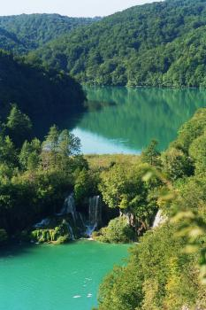 Plitvice Lakes by Hubert Scharnagl