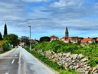 Stari Grad Plain by Clyde
