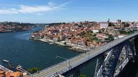 Oporto by Clyde