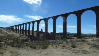 Aqueduct of Padre Tembleque by Ian Cade