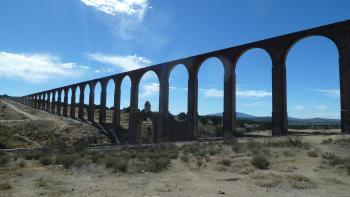 Aqueduct of Padre Tembleque by Ian Cade