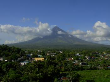 Mayon Volcano Natural Park (T) by Boj