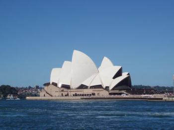 Sydney Opera House by Mirjam S.
