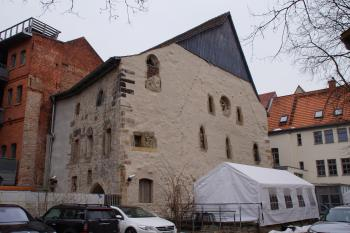 Old Synagogue and Mikveh in Erfurt (T) by Hubert Scharnagl