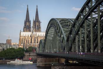 Cologne Cathedral by Michael Turtle