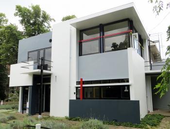 Rietveld Schröderhuis by Jay T