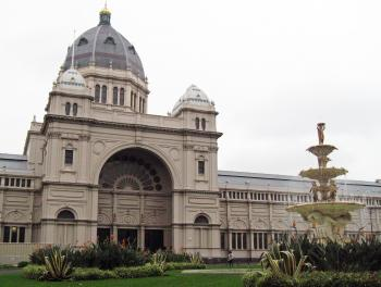 Royal Exhibition Building by Jay T