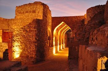 Qal'at al-Bahrain by Frederik Dawson