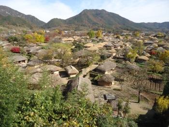 Naganeupseong, Town Fortress and Village (T) by Jarek Pokrzywnicki