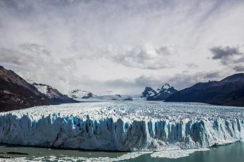 Los Glaciares by Michael Turtle