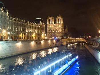 Paris, Banks of the Seine by Tsunami