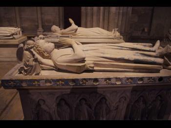 Cathédrale de Saint-Denis (T) by Thibault Magnien