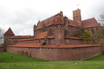 Malbork Castle by nan