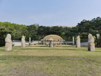 Royal Joseon Tombs by Clyde