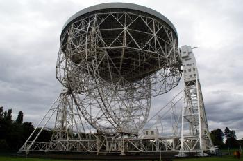 Jodrell Bank Observatory (T) by Hubert