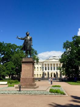St. Petersburg by Yuri Samozvanov