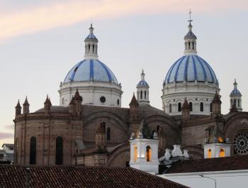 Santa Ana de los Rios de Cuenca by Jay T