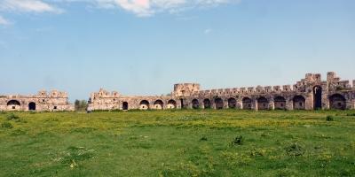 The Castle of Bashtova (T) by Solivagant