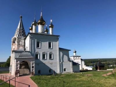 Centre historique de la ville de Gorokhovets (T) by Martina Ruckova
