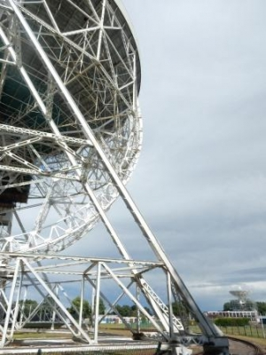 Jodrell Bank Observatory (T) by Dallicyp