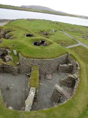 Mousa, Old Scatness and Jarlshof: the Zenith of Iron Age Shetland (T) by Argo