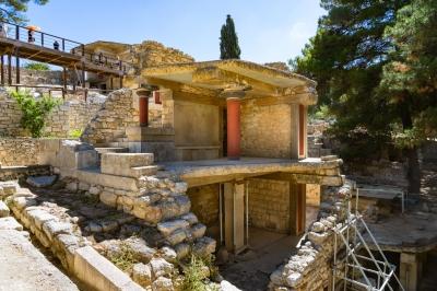 Minoan Palatial Centres (Knossos, Phaistos, Malia, Zakros, Kydonia) (T) by Ilya Burlak