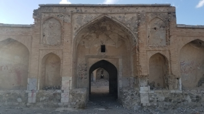 Persian Caravanserai (T) by Zoë Sheng