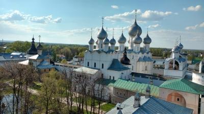 Rostov Kremlin (T) by Nan