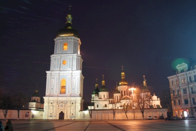 Kyiv: St. Cyril's and St. Andrew's Churches (T) by Martina Ruckova