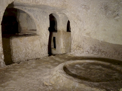 Maltese Catacomb Complexes (T) by Ralf Regele