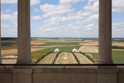 Sites funéraires et mémoriels de la Première Guerre mondiale (Front Ouest) (T) by Jakob Frenzel