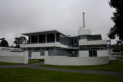 Voormalige Nazorgkolonie en Sanatorium Zonnestraal (T) by Jakob Frenzel