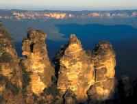 Greater Blue Mountains by Ian Cade