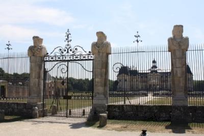 Chateau de Vaux-le-Vicomte (T) by Jakob Frenzel