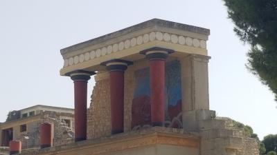 Minoan Palatial Centres (Knossos, Phaistos, Malia, Zakros, Kydonia) (T) by Zoë Sheng