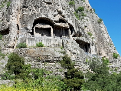 Mount Harşena and the Rock-tombs of the Pontic Kings (T) by Wojciech Fedoruk