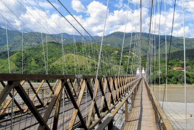 Puente de Occidente (Western Bridge) (T) by Watkinstravel