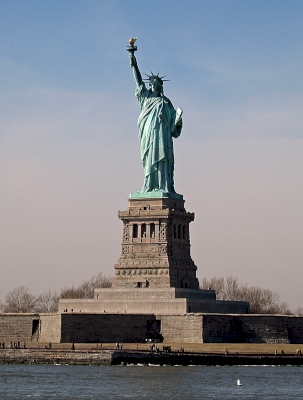 Statue of Liberty by Jay T
