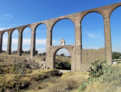Aqueduct of Padre Tembleque by Jay T