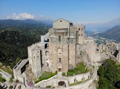 Via Francigena in Italy (T) by Clyde