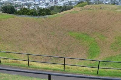Auckland Volcanic Fields (T) by GabLabCebu