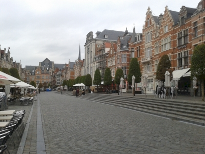 Leuven/Louvain, batiments universitaires, l'héritage de six siècles au sein du centre historique (T) by Matejicek