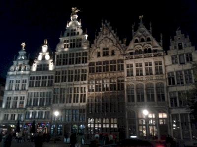 Noyau historique d'Antwerpen -Anvers- de l'Escaut aux anciens remparts de vers 1250 (T) by Matejicek