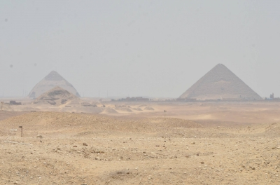 Pyramids (Memphis) by GabLabCebu